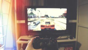 Symptomer på at dit barn er afhængig af computerspil