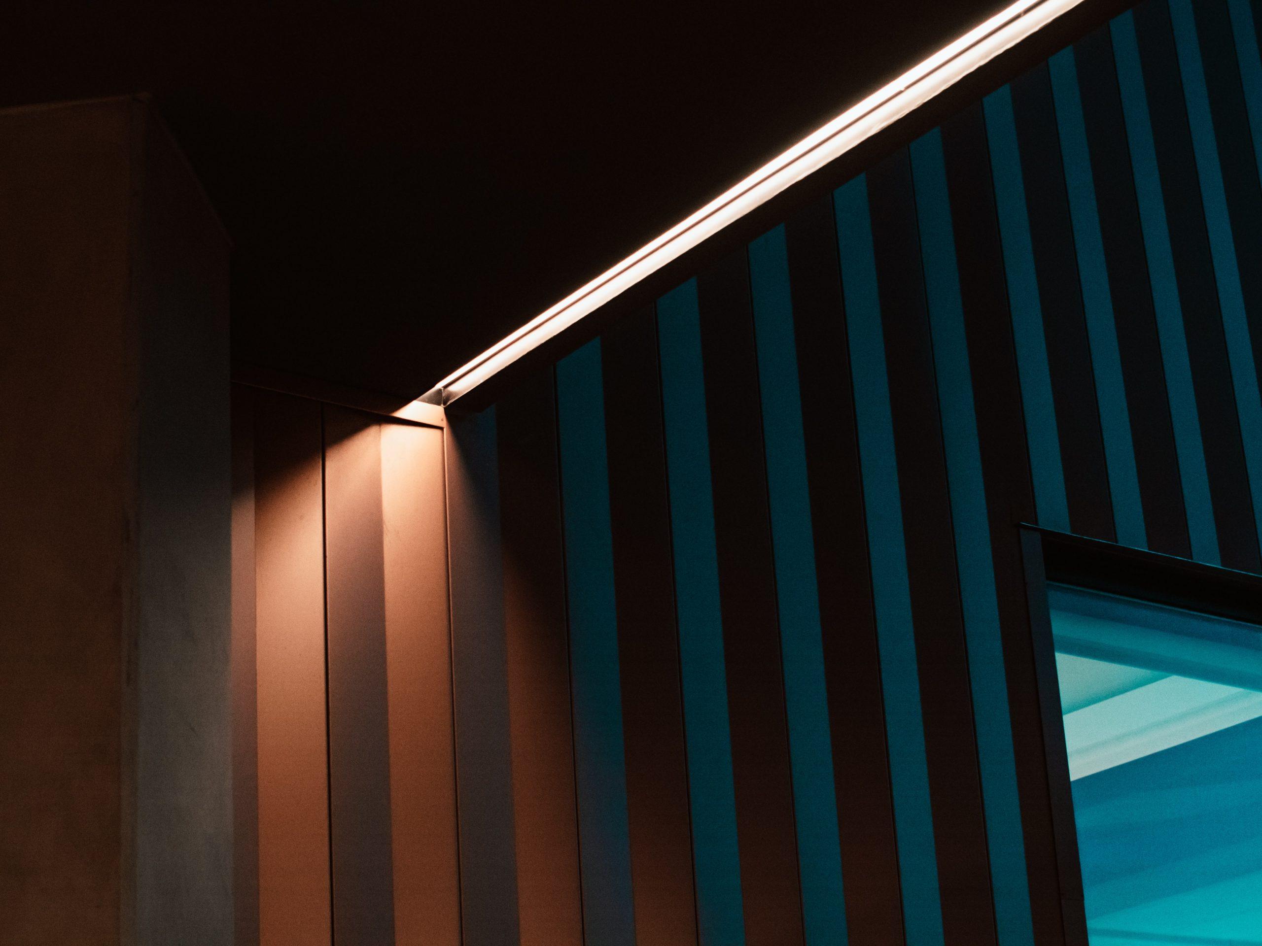 meritt thomas 1hBCbpmsqRs unsplash scaled - LED-paneler er populære i private hjem og virksomheder