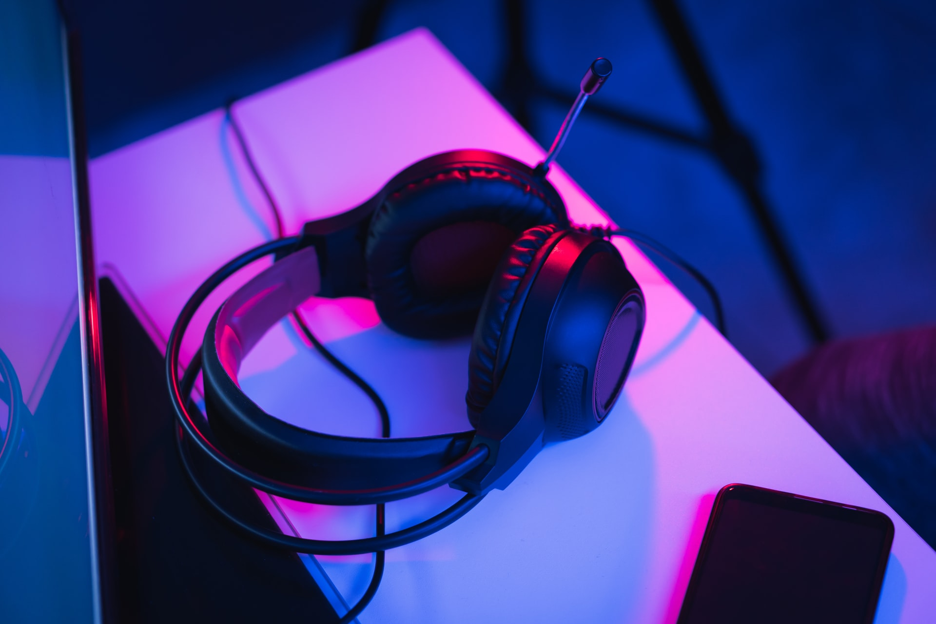 fausto sandoval w5m3PIGvkqI unsplash - Har du det helt rigtige headset?